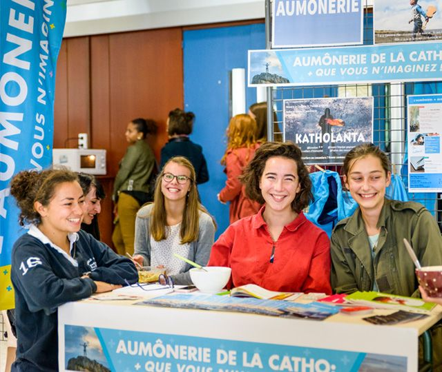 Forum des associations de l'UCO 2017-2018